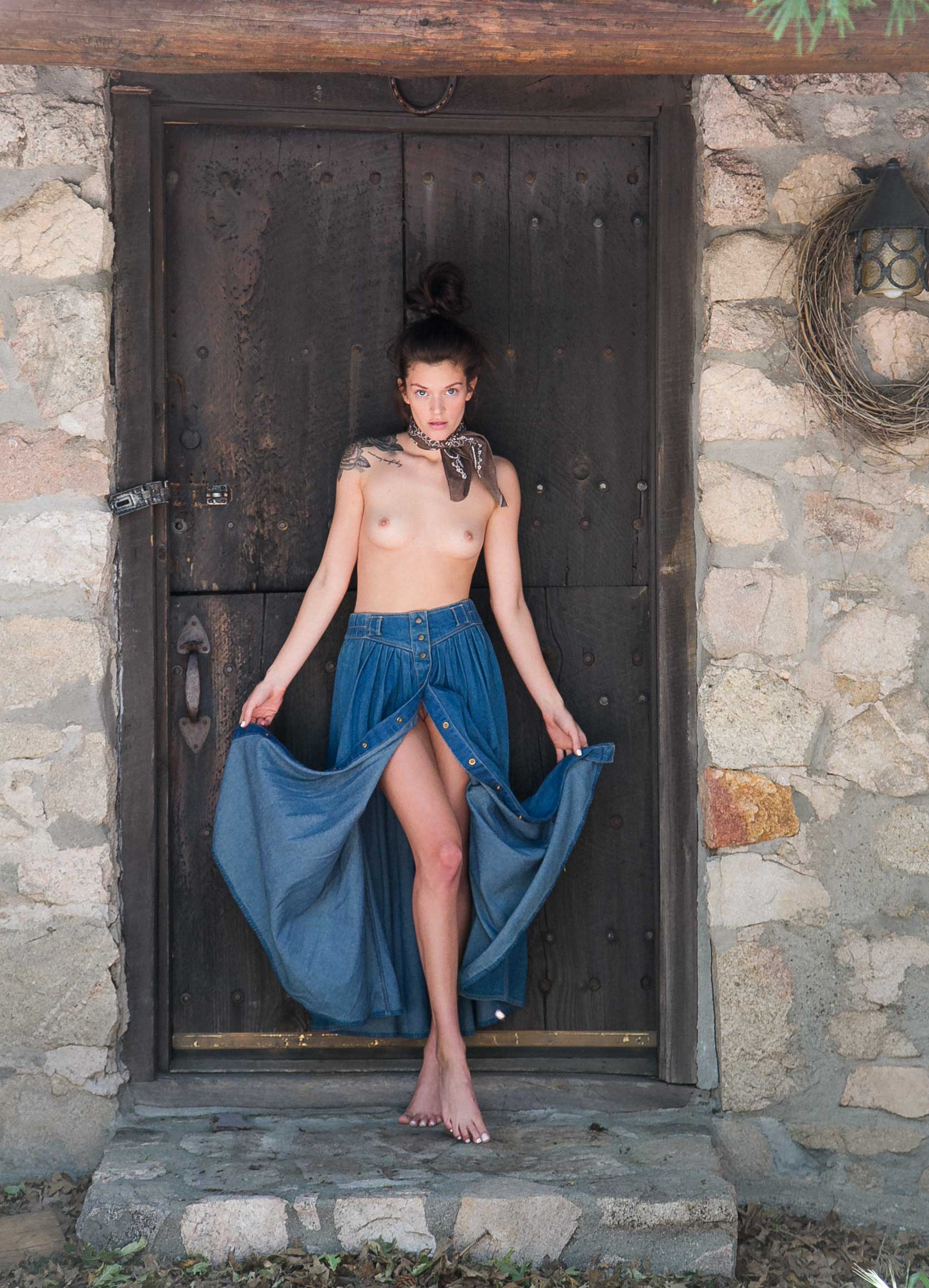 fashion, editorial,photographer,heather van gaale,fashion photographer,editorial, cabin, rustic,pretty,topless