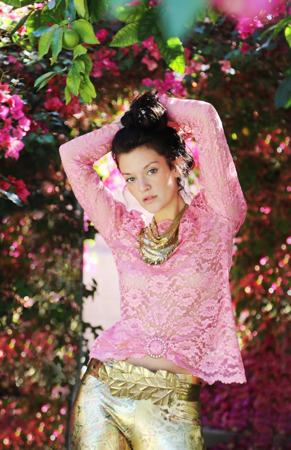 photographer blogger orange county fashion pink