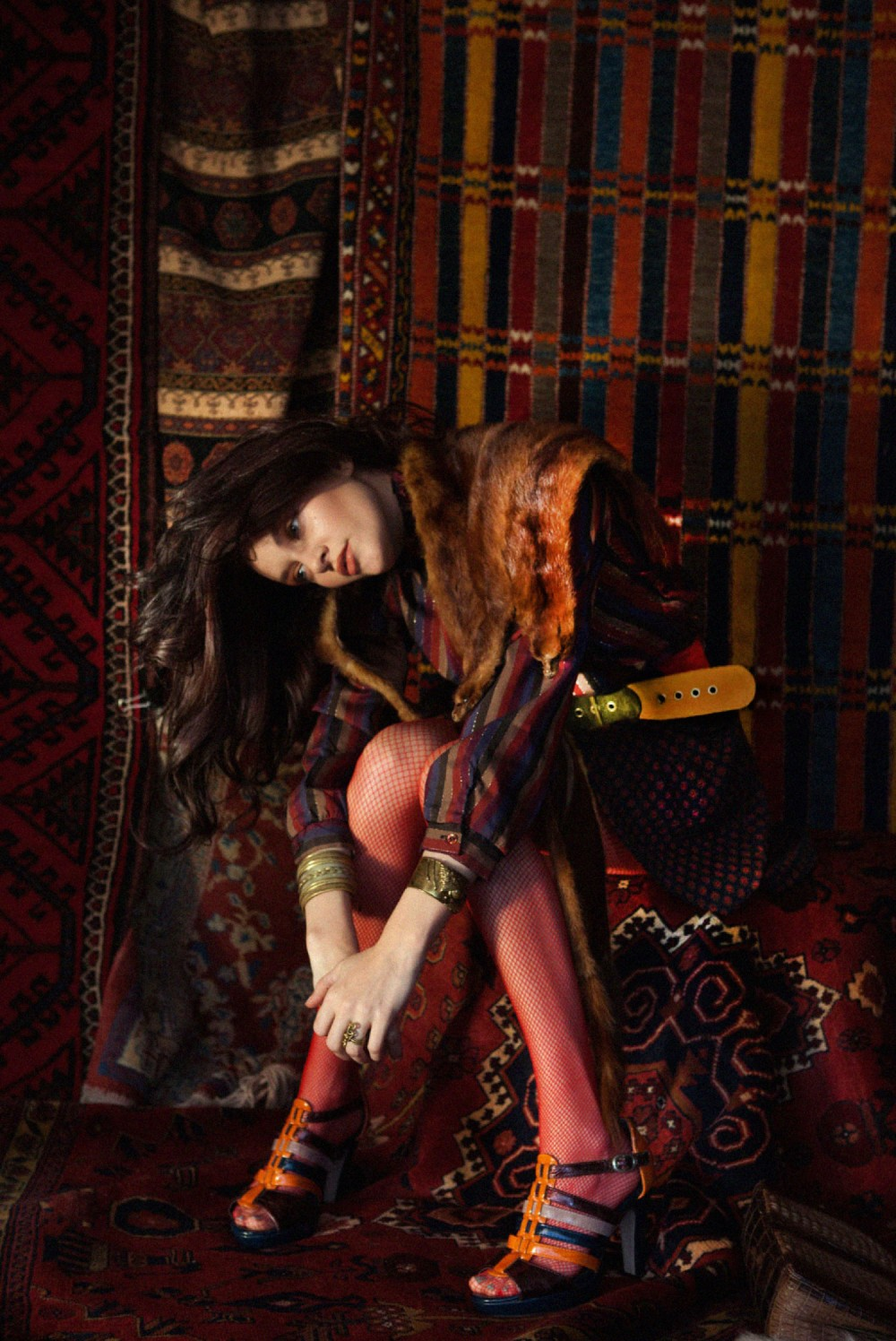 bohemian fashion blogger photographer heather van gaale in vintage editorial with model amber flowers