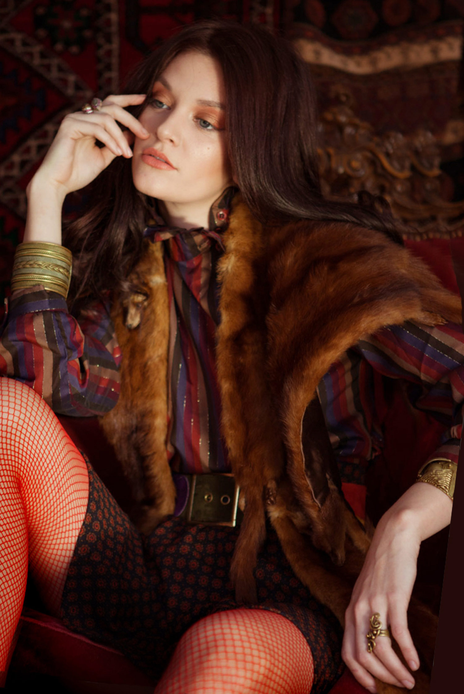 vintage bohemian hippie fashion with mink stole