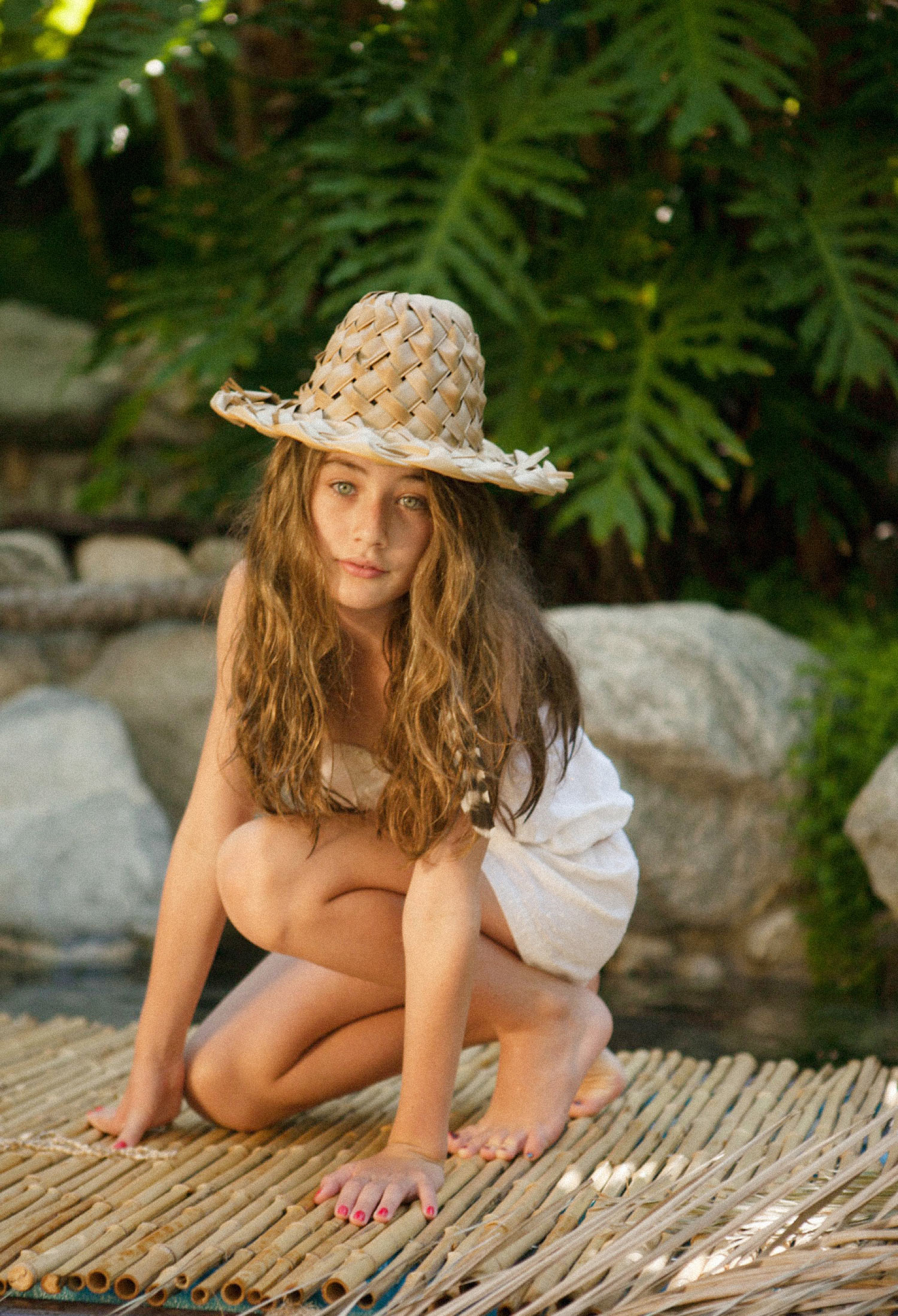 child model, teen,tropical, fashion,editorial,heather van gaale,sophia feinberg,tropical, lagoon,summer,beauty