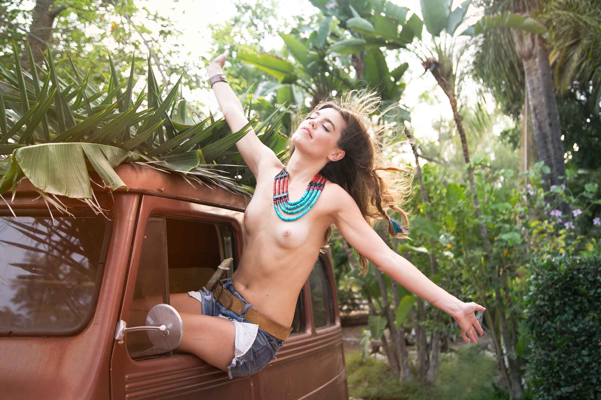 bohemian,tropical,youth,warm light,sunset,jungle,freedom,hippie chic, earthy,natural,freedom,heather van gaale